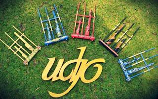 Belajar Budaya di Saung Udjo