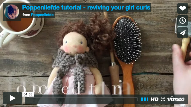 Tutorial - Reviving your girl curls