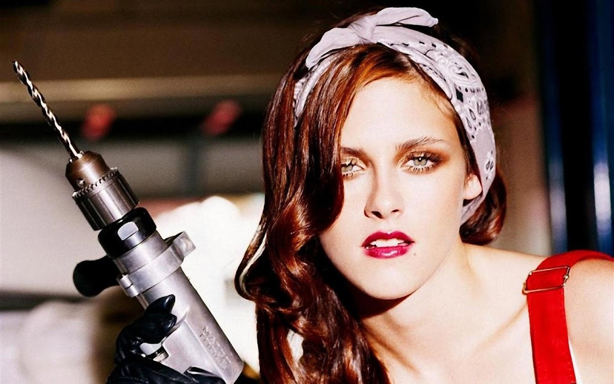 Kristen Stewart Widescreen HD Wallpaper 17