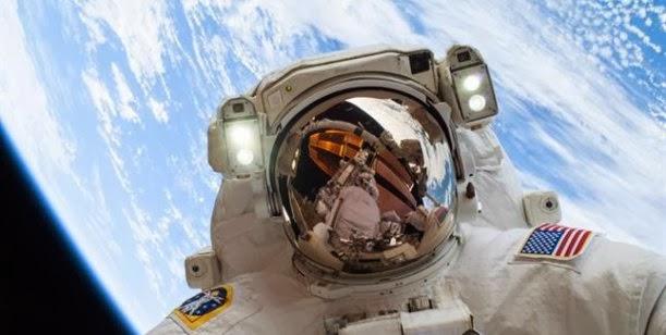 La autofoto más espectacular del 2013 publicada por la NASA 0001432155