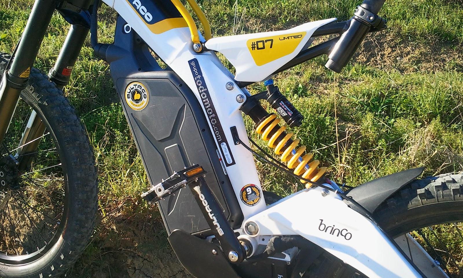 en la bultaco brinco la parte motriz elctrica est separada de la parte motriz de bicicleta esto que quiere decir