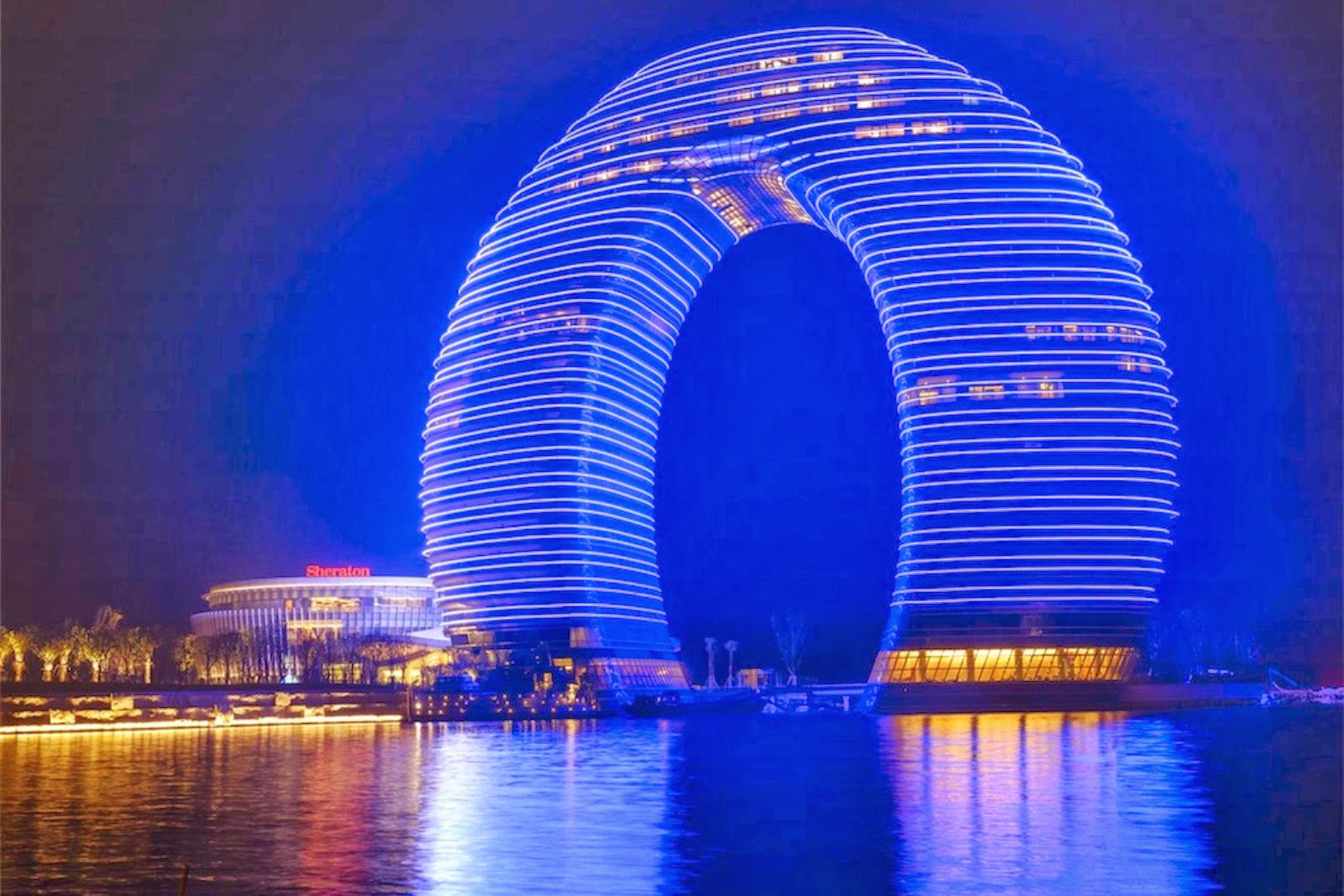 Strange Amazing Buildings Around The World - Cybertecture Egg Building Mumbai India