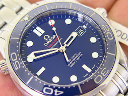 OMEGA SEAMASTER PROFESSIONAL CO AXIAL CHRONOMETER 300 METER BLUEDIAL CERAMIC BEZEL - JAMES BOND 007