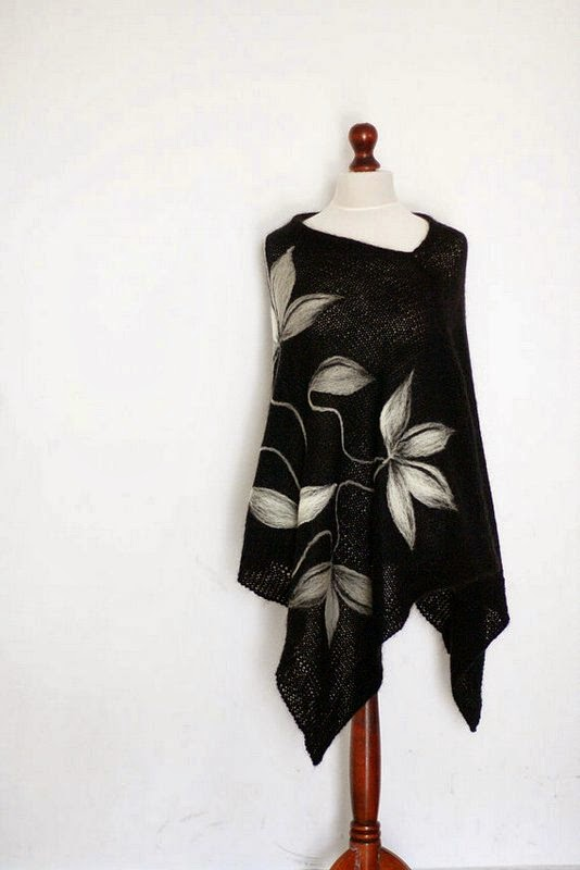 https://www.etsy.com/listing/175607005/black-poncho-women-poncho-knit-poncho?ref=favs_view_3
