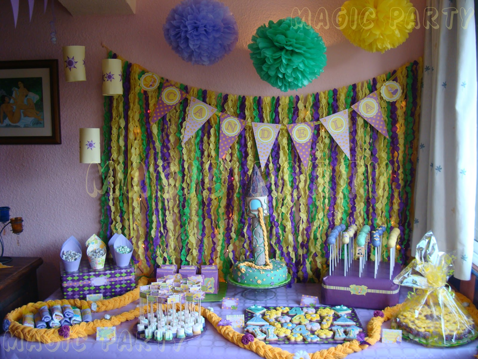 Decoracion rapunzel para fiestas for Decoracion para pared fiesta