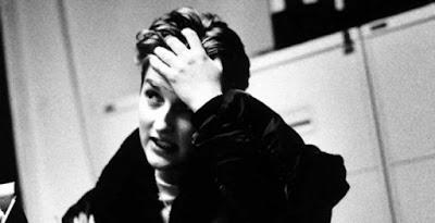 Lima Penulis Hebat Yang Tewas Bunuh Diri