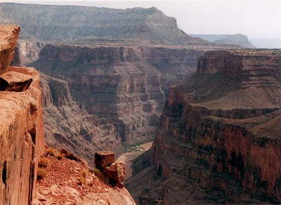 Grand Canyon Best Place to Visit in American Southwest  2012, The River of Earth Arizona Deep view