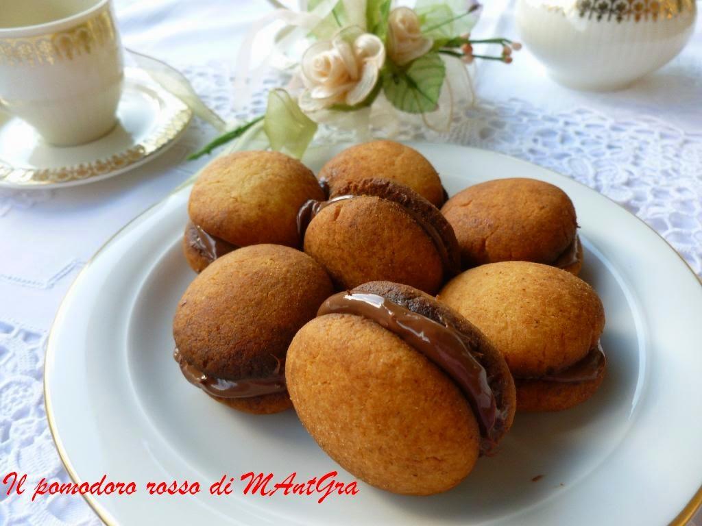 bacetti al parmigiano reggiano e crema gianduia