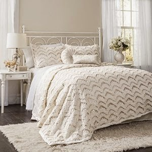 http://www.lushdecor.com/Giselle-3-piece-Comforter-Set/dp/B00NI2B60U?field_availability=-1&field_browse=9635156011&id=Giselle+3+piece+Comforter+Set&ie=UTF8&refinementHistory=subjectbin%2Cprice%2Ccolor_map%2Csize_name&searchNodeID=9635156011&searchPage=3&searchRank=generic-one-asc-rank&searchSize=12