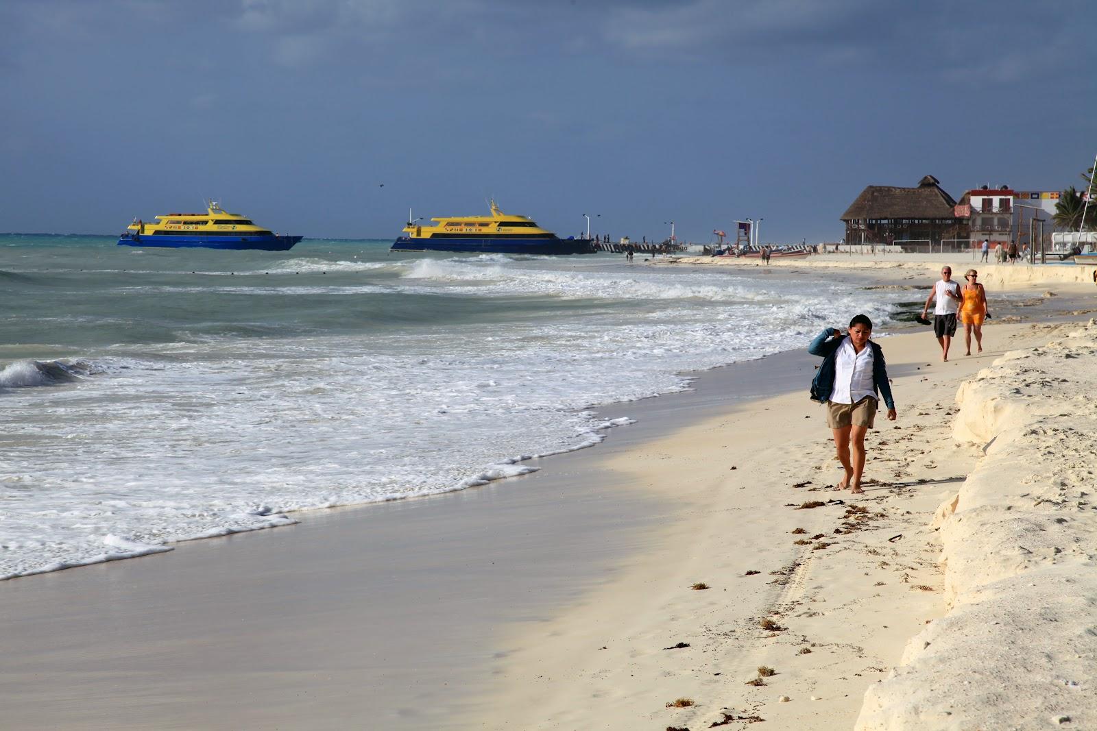 Alhambra Beach Resort Playa Del Carmen