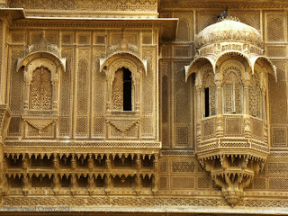 intricately carved jharokhas of Jaiselmer in Rajasthan