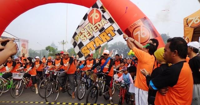 Ribuan Pecinta Sepeda Meriahkan Funbike Djarum 76 Pesta