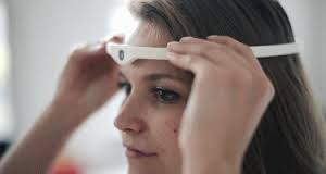 http://www.cnet.com/news/creepier-than-google-glass-a-third-eye-in-the-middle-of-your-head/