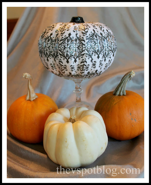 damask, pumpkin, mod podge, paper scraps, scrapbook paper, autumn, Halloween, fall