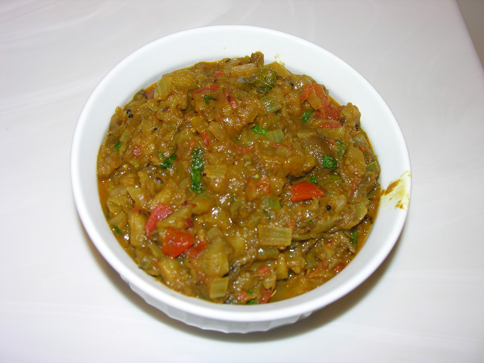 ShaRach cooking: Baingan Bharta (Eggplant curry)