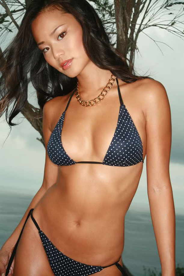 jamie chung   korean american actress in bikini global