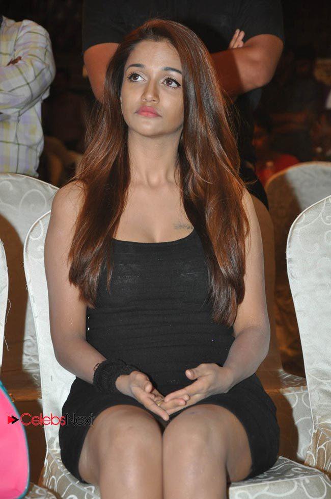 Anaika hot photo gallery in black short dress at satya 2 movie trailer