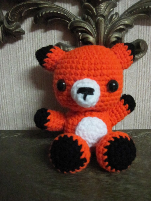Amigurumi Strawberry Girl Free Pattern : 2000 Free Amigurumi Patterns: Free Amigurumi Fox Pattern