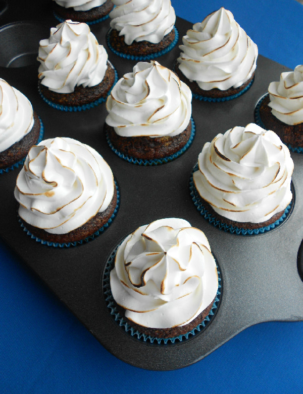 ... : Chocolate Graham Cracker Cupcakes with Toasted Marshmallow Frosting