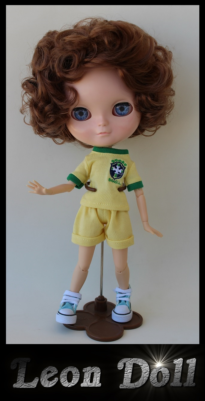 Leon Doll