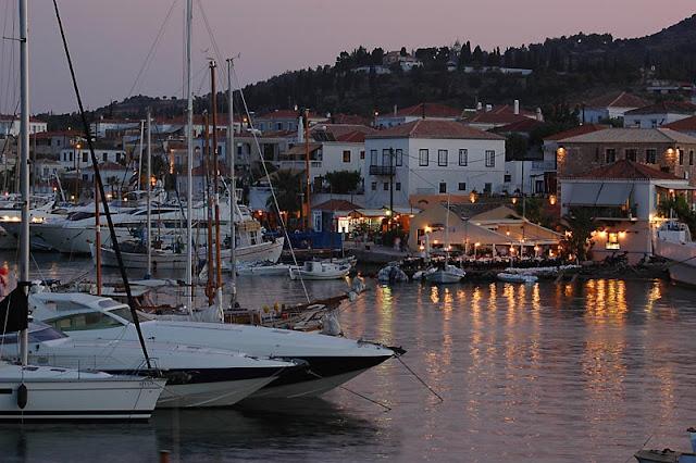 http://galazioneiro.blogspot.gr/
