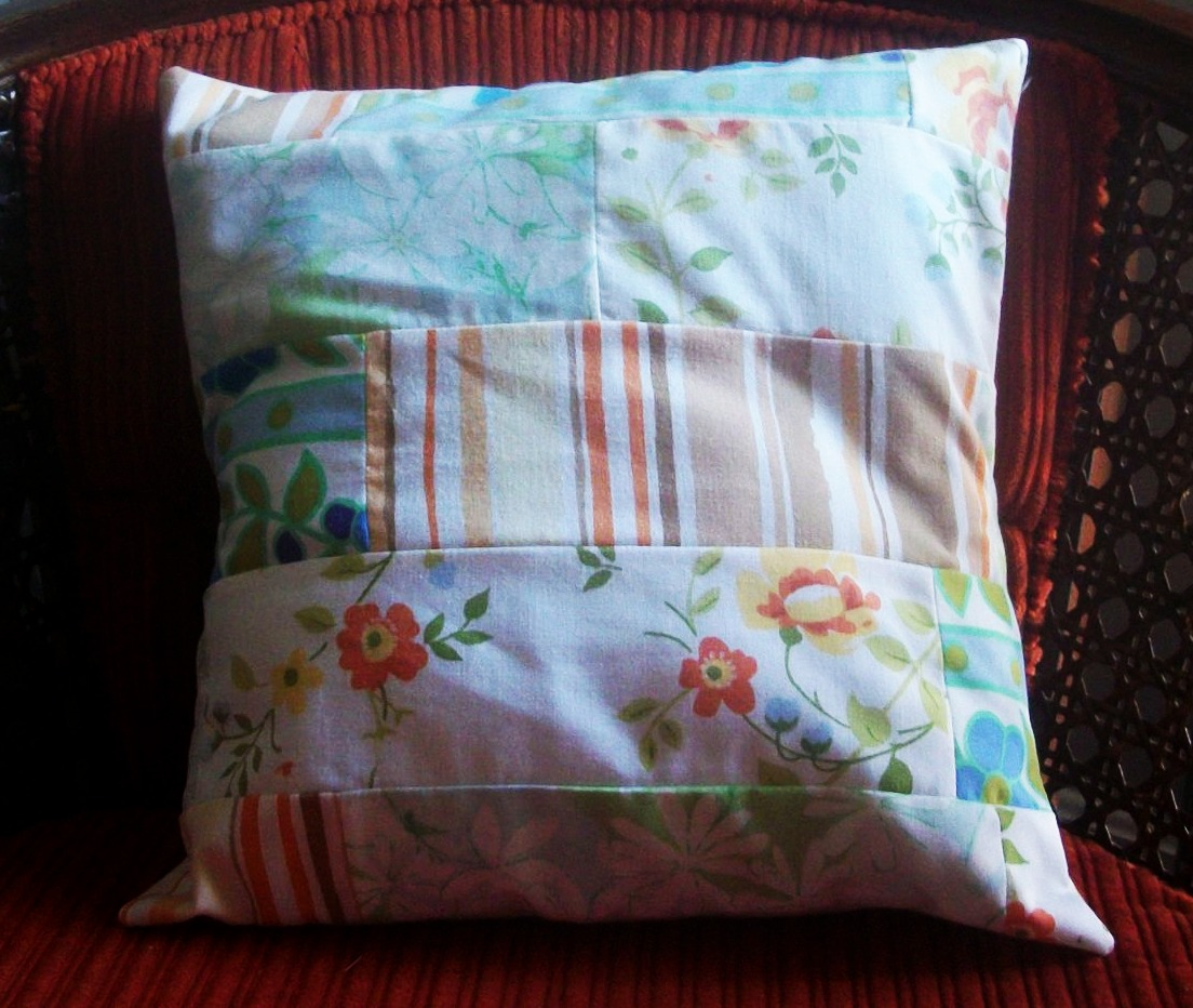 Vintage Pillows: Jane Of All Crafts: Vintage Fabric Pillows
