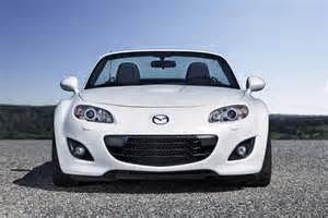 Mazda MX - 5 Miata 2015, itu akan memiliki pilihan mesin baru yang bisa membuat mobil being adorable karena cukup mengejutkan bagi para penggemar Mobil Sport.