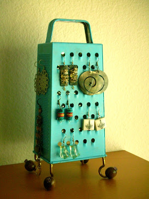 earring stand made from a cheese grater