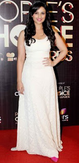 Parineeti sashays