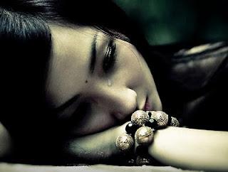blogger--iseng.blogspot.com - Fakta: Ada beberapa alasan kenapa cewek gampang menangis