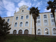 Colegio San Vicente de Paúl. Limpias