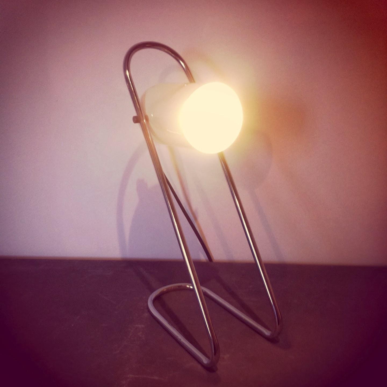 vintage trendy lampe de bureau et applique vintage. Black Bedroom Furniture Sets. Home Design Ideas