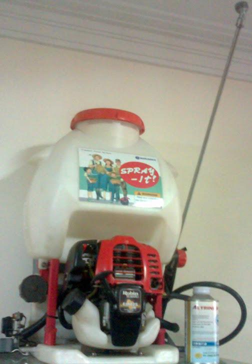 Mesin semprot pestisida tanaman