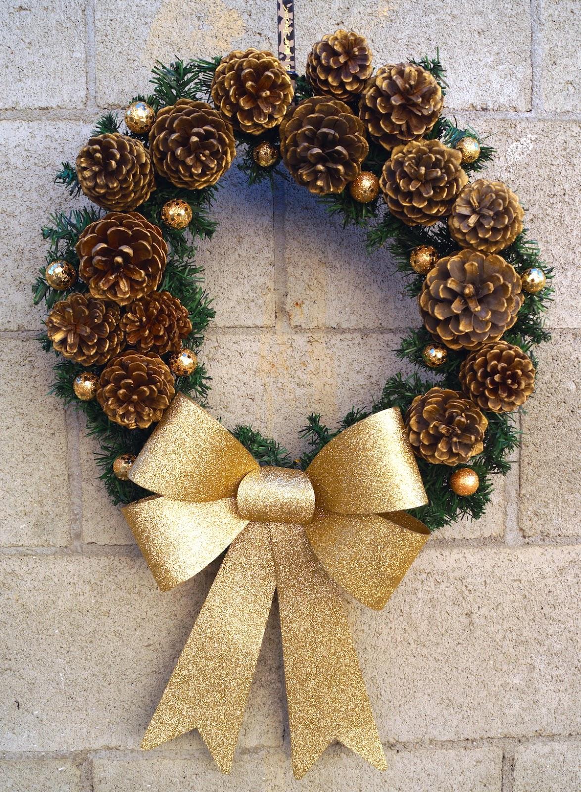 Corona navide a de pi as pinos conos diy mi cocina - Manualidades navidad con pinas ...