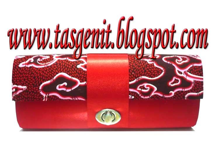 Tas Pesta Clutch Bag Batik Mega Mendung Merah (TERJUAL KODE 1165) 313c7b0257