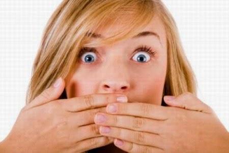 كيفية الخلص رائحة الفم المزعجة r9XH2.jpg