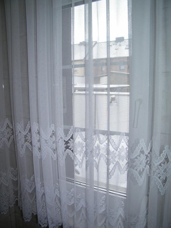 gardinen deko gardinen raffen anleitung gardinen dekoration verbessern ihr zimmer shade. Black Bedroom Furniture Sets. Home Design Ideas