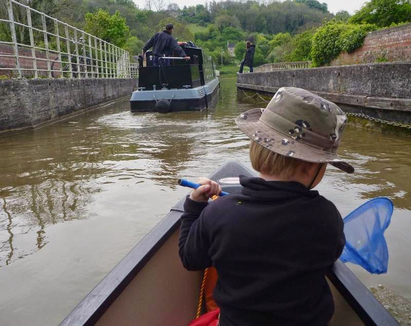 Paddling over the Avoncliff Aqueduct