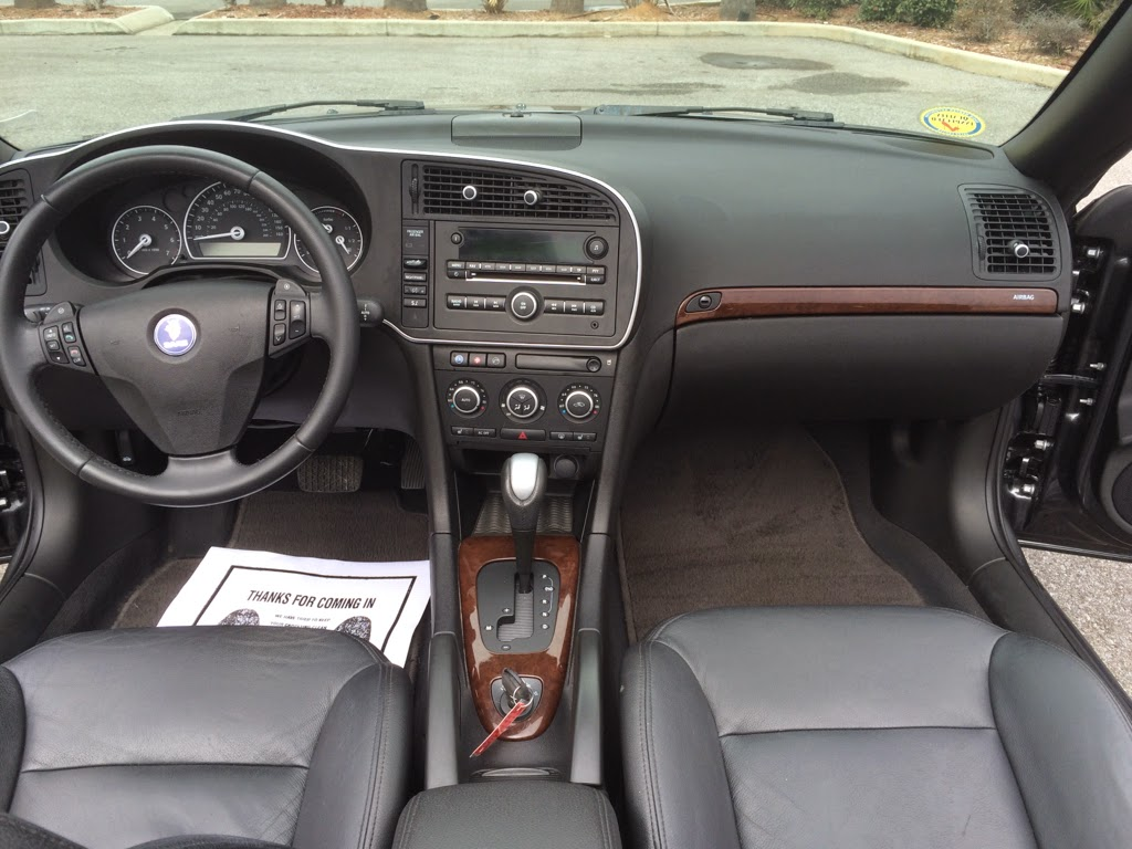Saab cabin- leather, heated seats, and more