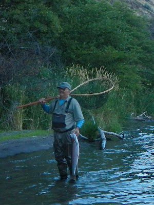 Mark Bachmann with steelhead, Deschutes river, OR