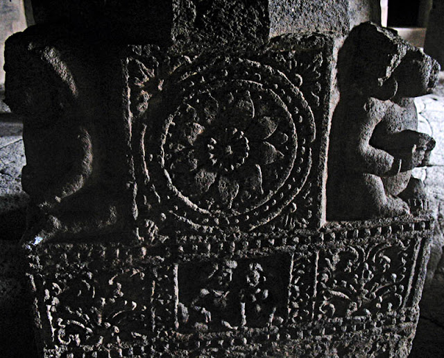 carved pillar design at Aurangabad caves