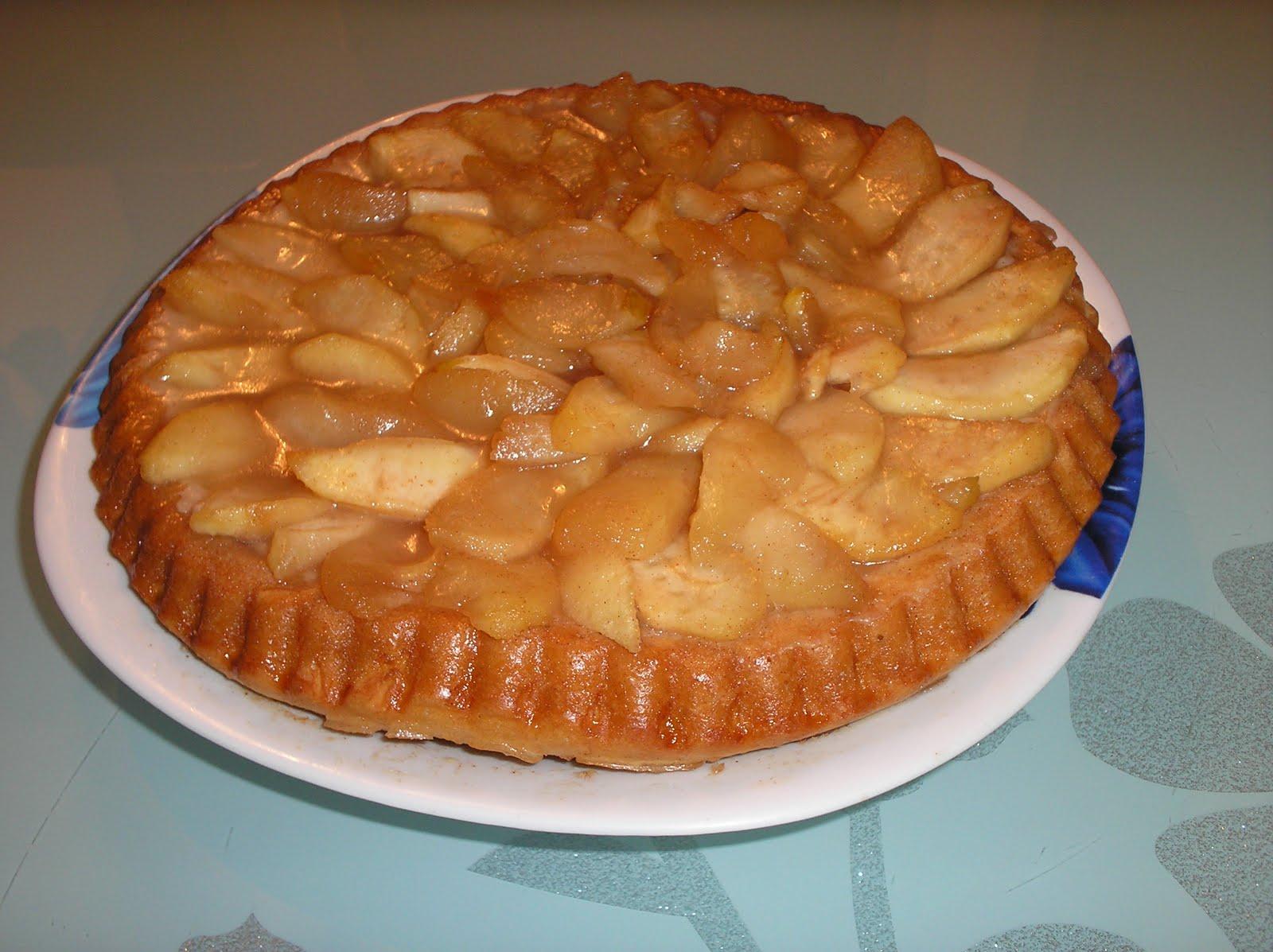 Hai la masa: Tarta cu mere caramelizate