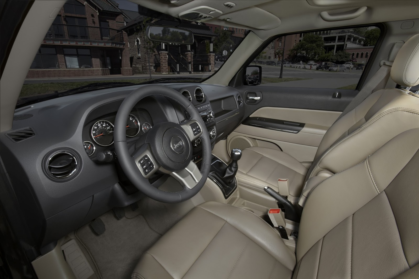 Interior View Of 2013 Jeep Patriot