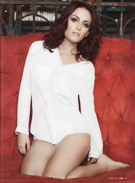 Andrea Garcia en la Revista H Abril 2011 - En El Brasero