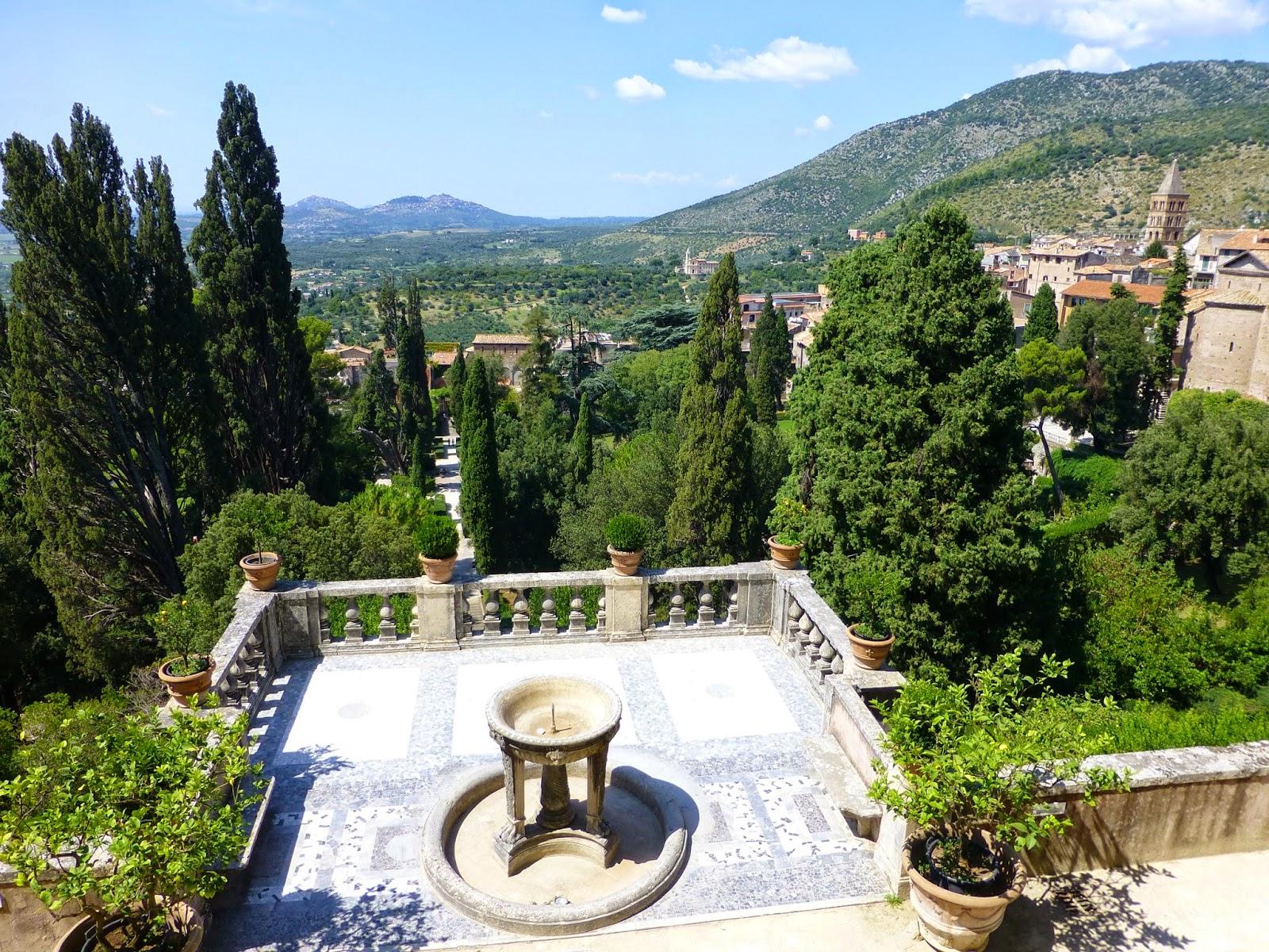 Promenade enchant e dans un des plus beaux jardins du for Jardin villa d este
