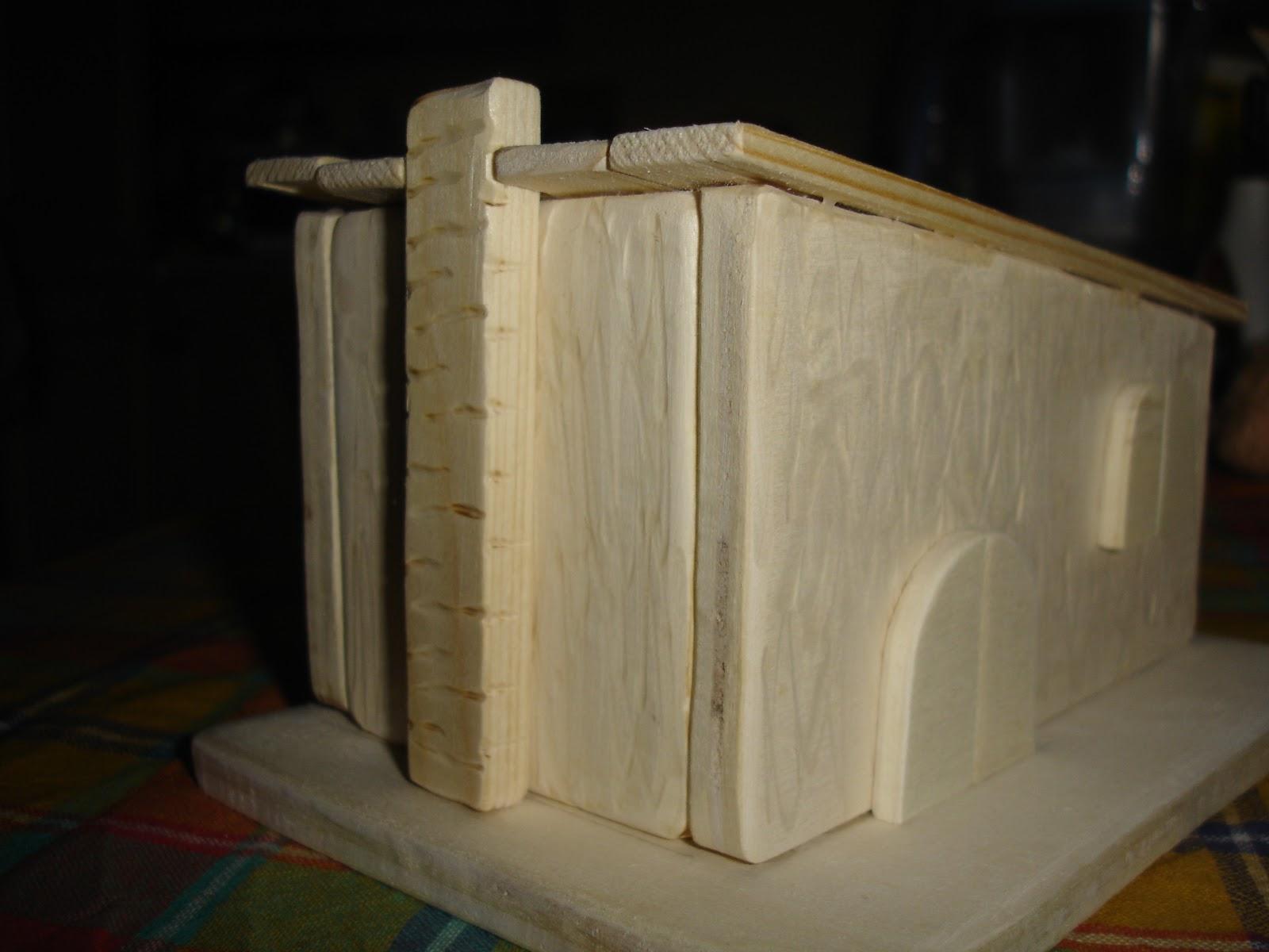 Luca ely creazioni casetta di legno da colorare for Planimetrie semplici della casetta di legno