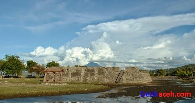 Benteng Indra Patra di Aceh