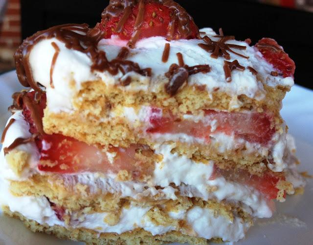 No-Bake Strawberry Icebox Cake - Cooking Quidnunc