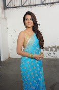 Naziya photos at Aashiqui 2 Telugu Remake-thumbnail-10