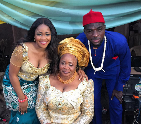 Photos from Footballer John Ogu's traditional wedding – BOOBS EVERYWHERE, WIFE, MOM..BOOBS ARE PLENTY